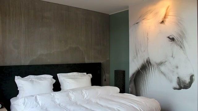sigurlaug sverrisdottir le ion hotel est en communion avec la nature. Black Bedroom Furniture Sets. Home Design Ideas