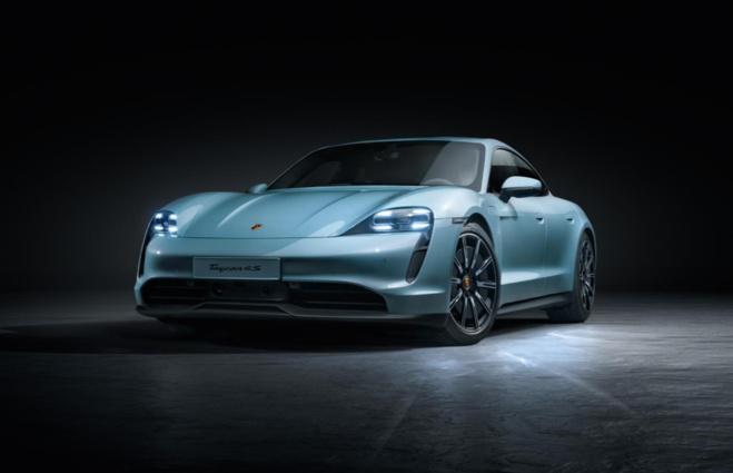 Porsche dévoile déjà une version plus accessible de la Taycan