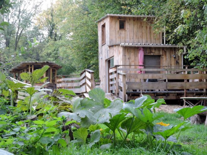 Une cabane écologique au milieu des vignobles de Champagne