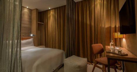 https://www.france-hotel-guide.com/photos-hotels/444/small/hotel-hidden-01.jpg?ezimgfmt=rs:470x248/rscb5/ngcb5/notWebP
